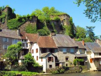 Ségur le Château, one of France's most 'beautiful villages' is only 20 minutes away
