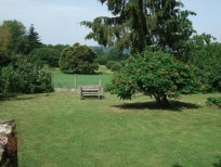 Large, private garden / Vaste jardin totalement privatif